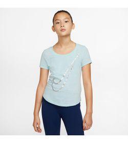Camiseta-Manga-Corta-nike-para-niña-G-Nsw-Tee-Scoop-para-moda-color-azul.-Frente-Sobre-Modelo